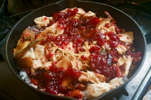 the juices and chicken can be warmed in a pan of rice for leftovers
